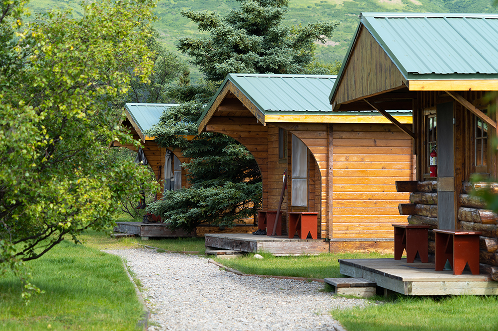 Kulik Lodge Guest Cabins